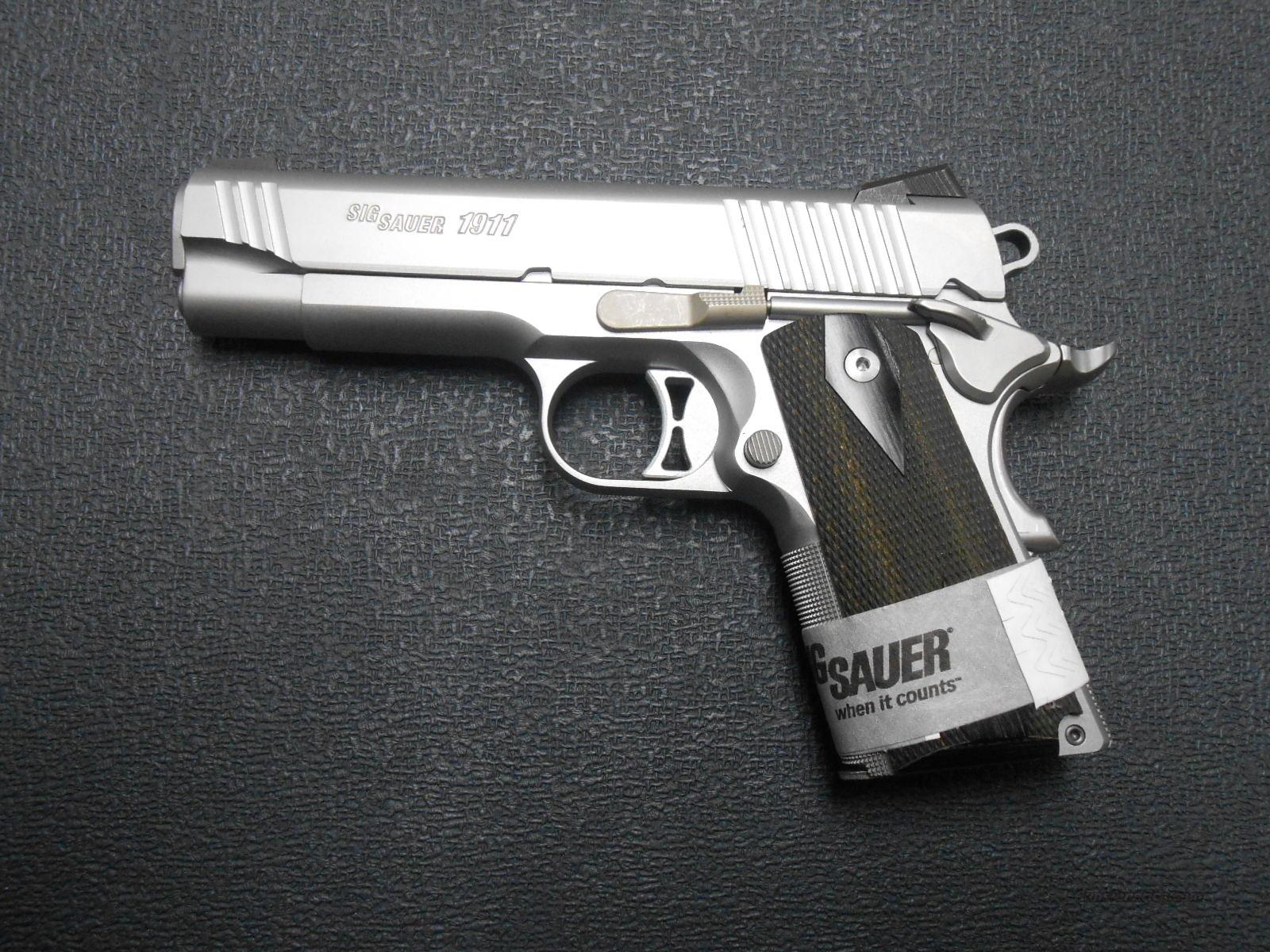 Sig 1911 Traditional Compact 45 1911-TCO-45-SSS  Guns > Pistols > Sig - Sauer/Sigarms Pistols > 1911