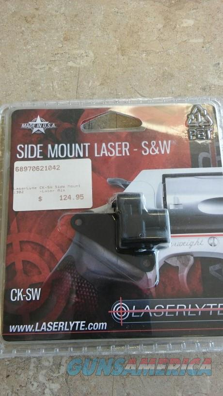Laser Lyte Side Mount S&W NIB NO CC FEES  Non-Guns > Lights > Other