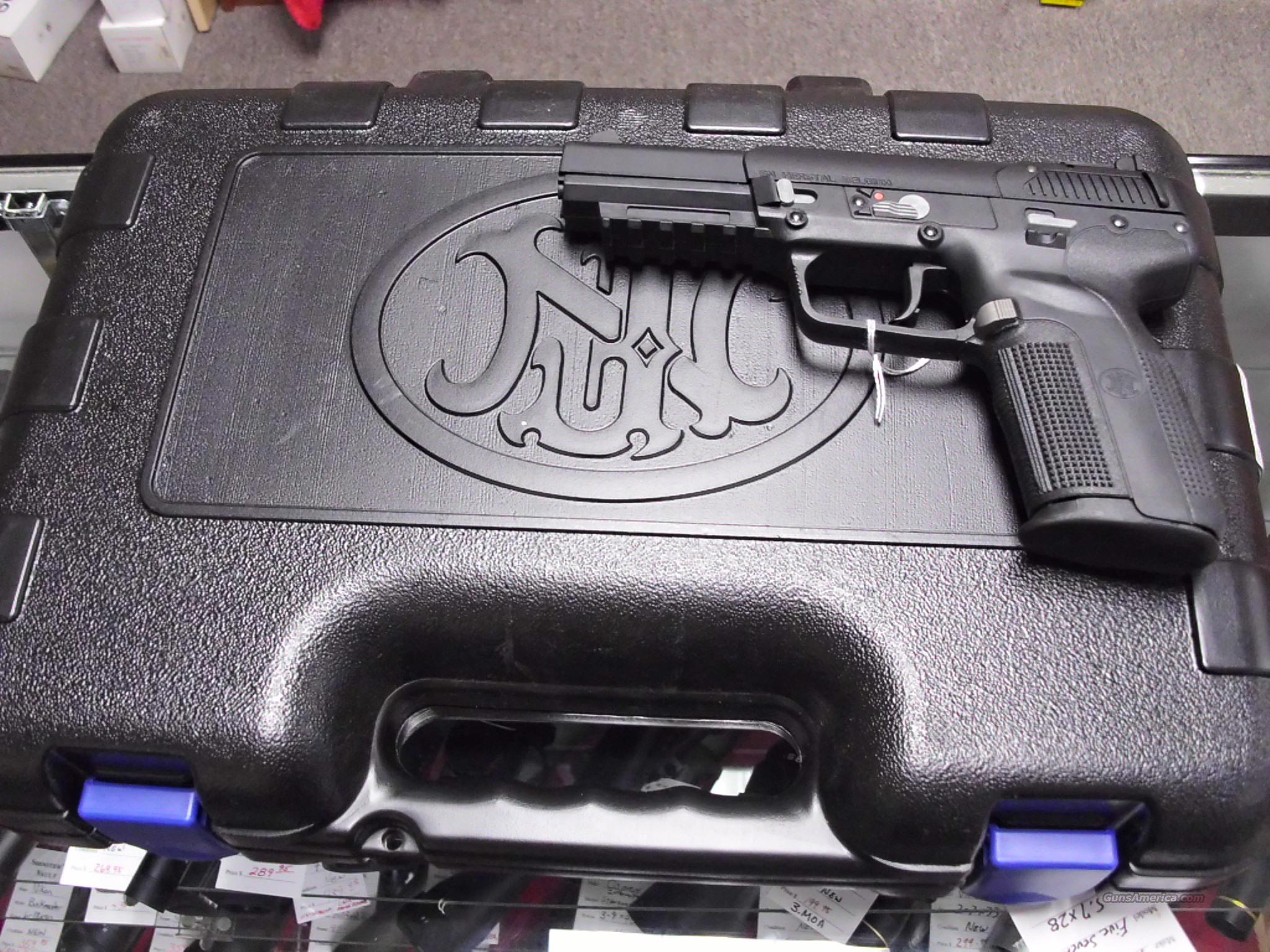 FNH FN Five Seven 5.7x28 NEW 20 rd mags   Guns > Pistols > FNH - Fabrique Nationale (FN) Pistols > FiveSeven