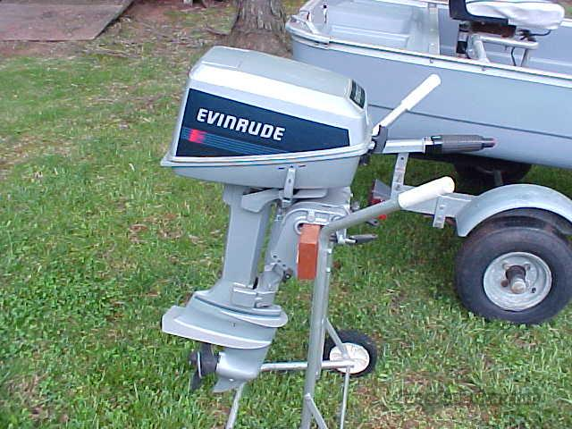 Evinrude 4Hp deluxe  Non-Guns > Fishing/Spearfishing