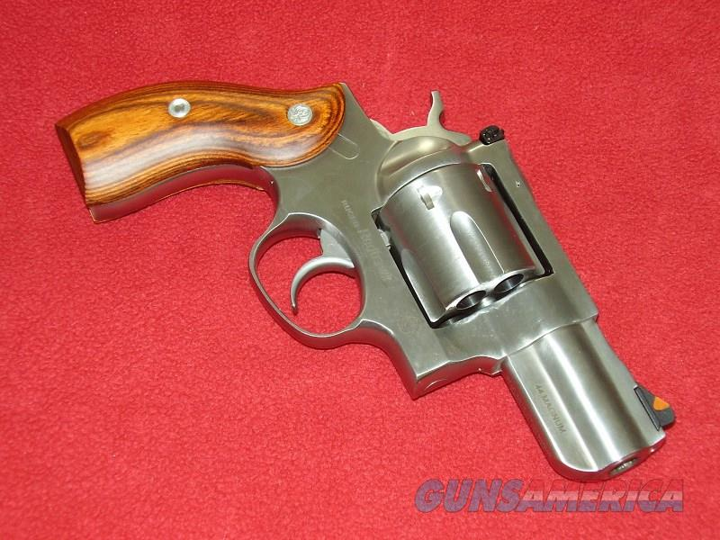 "Ruger Redhawk ""Talo Backpacker"" Revolver (.44 Mag.)  Guns > Pistols > Ruger Double Action Revolver > Redhawk Type"