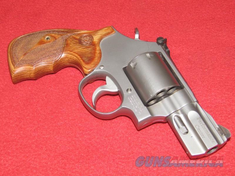S&W 686-6 Performance Center Revolver (.357 Mag.)  Guns > Pistols > Smith & Wesson Revolvers > Med. Frame ( K/L )