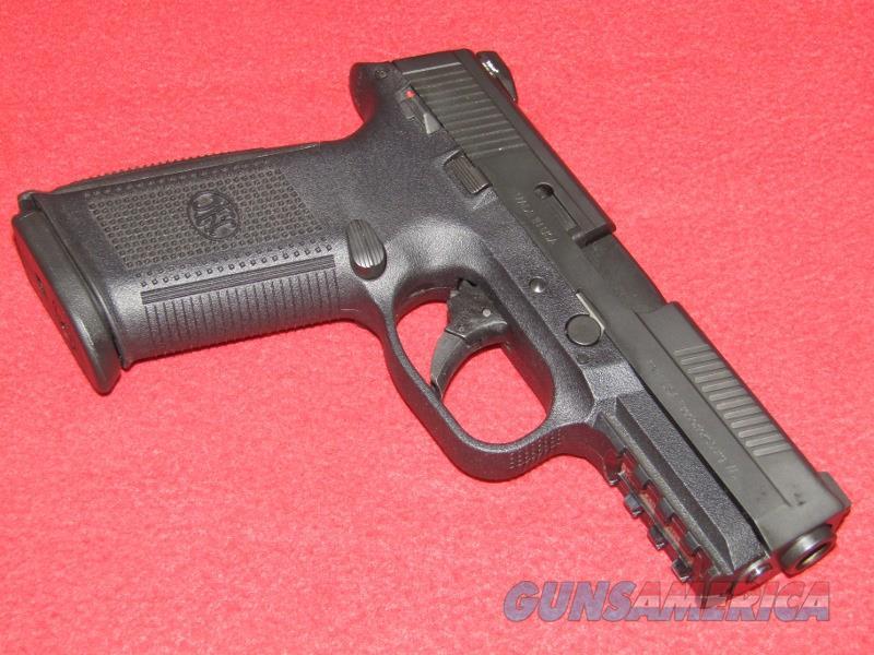 FNS-40 Pistol (.40 S&W)  Guns > Pistols > FNH - Fabrique Nationale (FN) Pistols > FNS