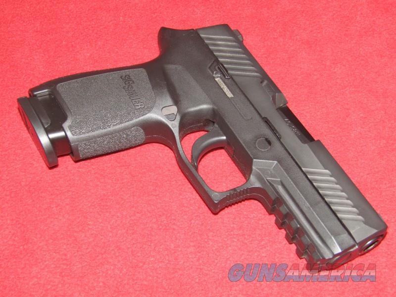 S&W P320 Compact Pistol (.40 S&W)  Guns > Pistols > Sig - Sauer/Sigarms Pistols > P320
