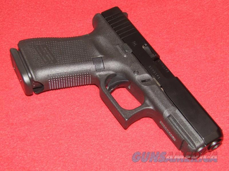 Glock 19 Gen 5 Pistol (9mm)  Guns > Pistols > Glock Pistols > 19/19X
