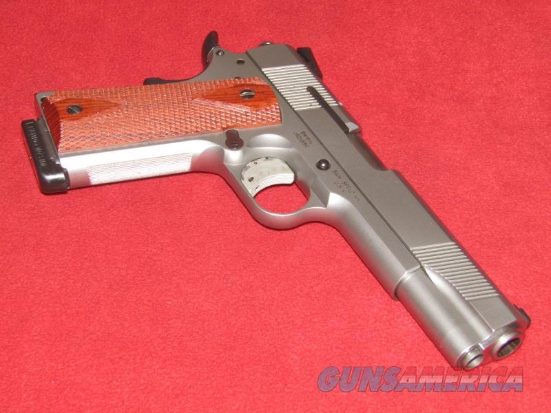 S&W SW1911 Pistol (.45 ACP)  Guns > Pistols > Smith & Wesson Pistols - Autos > Steel Frame