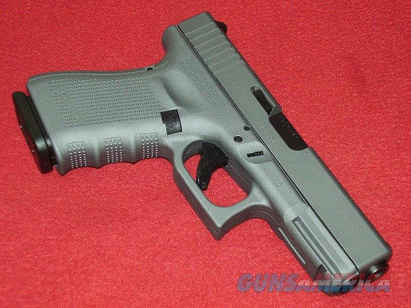 Glock 19 Gen 4 Tactical Grey Pistol (9mm)  Guns > Pistols > Glock Pistols > 19