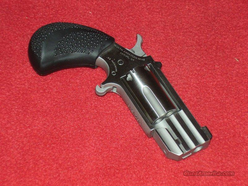 "N.A.A. ""Pug"" Revolver (.22 Mag.)  Guns > Pistols > North American Arms Pistols"