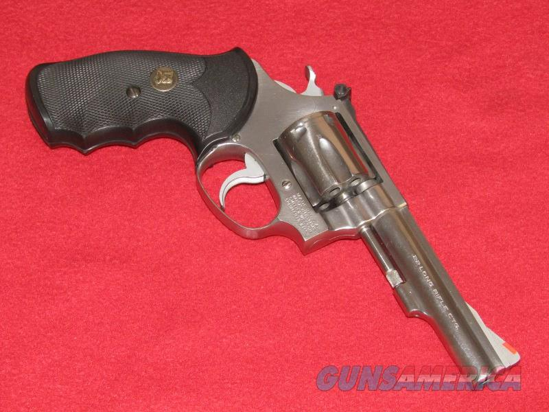 S&W 63 Revolver (.22 LR)  Guns > Pistols > Smith & Wesson Revolvers > Small Frame ( J )