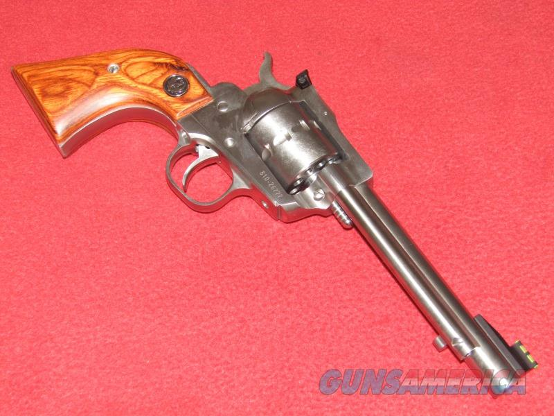 Ruger New Model Single Ten Revolver (.22 LR)  Guns > Pistols > Ruger Single Action Revolvers > Single Six Type