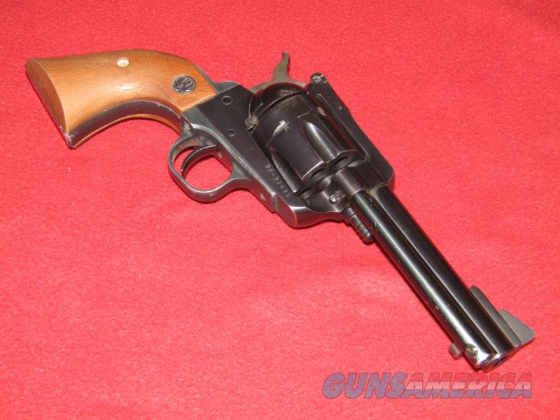 Ruger New Model Blackhawk Revolver (.357 Mag.)  Guns > Pistols > Ruger Single Action Revolvers > Blackhawk Type