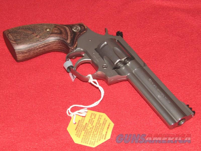 Colt King Cobra Target Revolver (.357 Mag.)  Guns > Pistols > Colt Double Action Revolvers- Modern