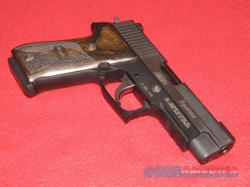 Sig-Sauer P220 Equinox Pistol (.45 ACP)  Guns > Pistols > Sig - Sauer/Sigarms Pistols > P220