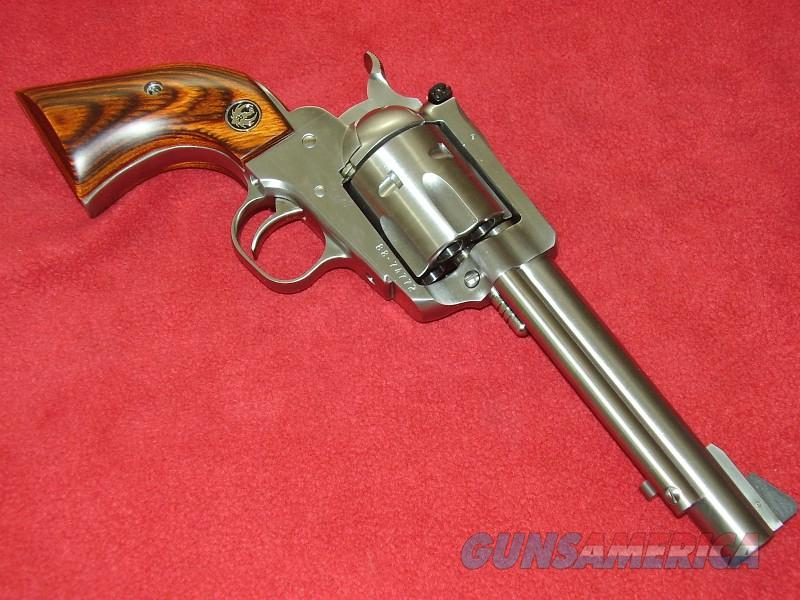 Ruger Super Blackhawk Revolver (.44 Mag.)  Guns > Pistols > Ruger Single Action Revolvers > Blackhawk Type