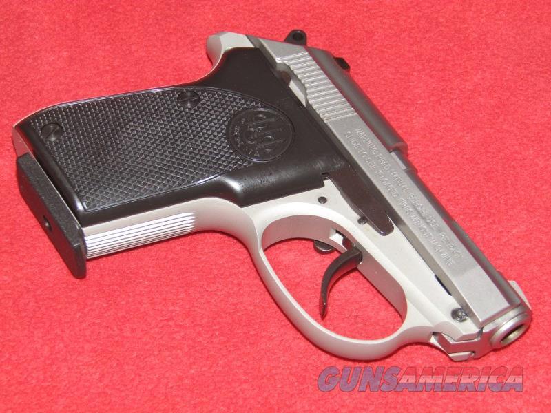 Beretta 3032 Tomcat Pistol (.32 ACP)  Guns > Pistols > Beretta Pistols > Small Caliber Tip Out