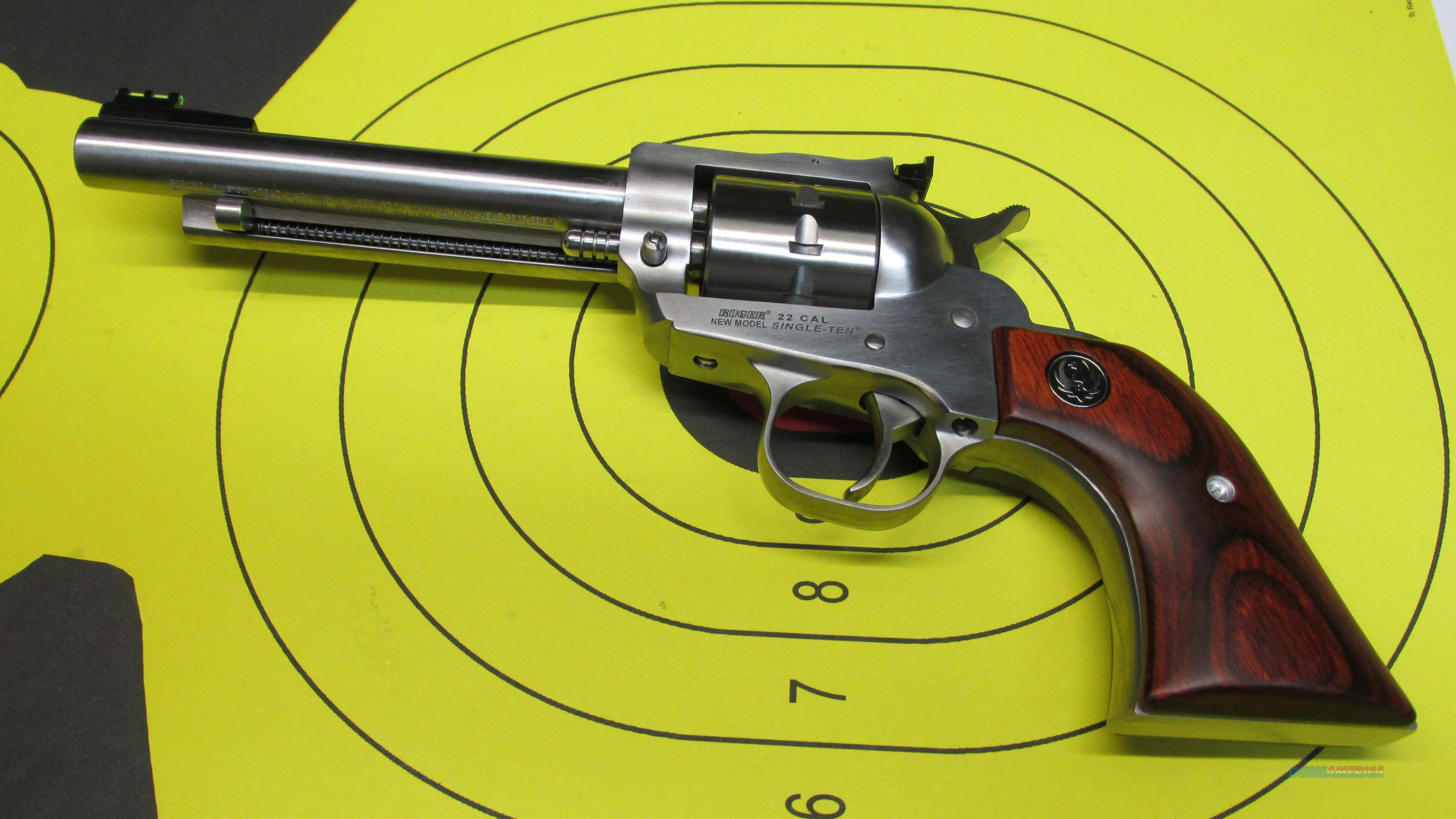 "RUGER SINGLE TEN, 10 SHOT .22LR SINGLE ACTION REVOLVER, 5.5"" BARREL  Guns > Pistols > Ruger Single Action Revolvers > Single Six Type"