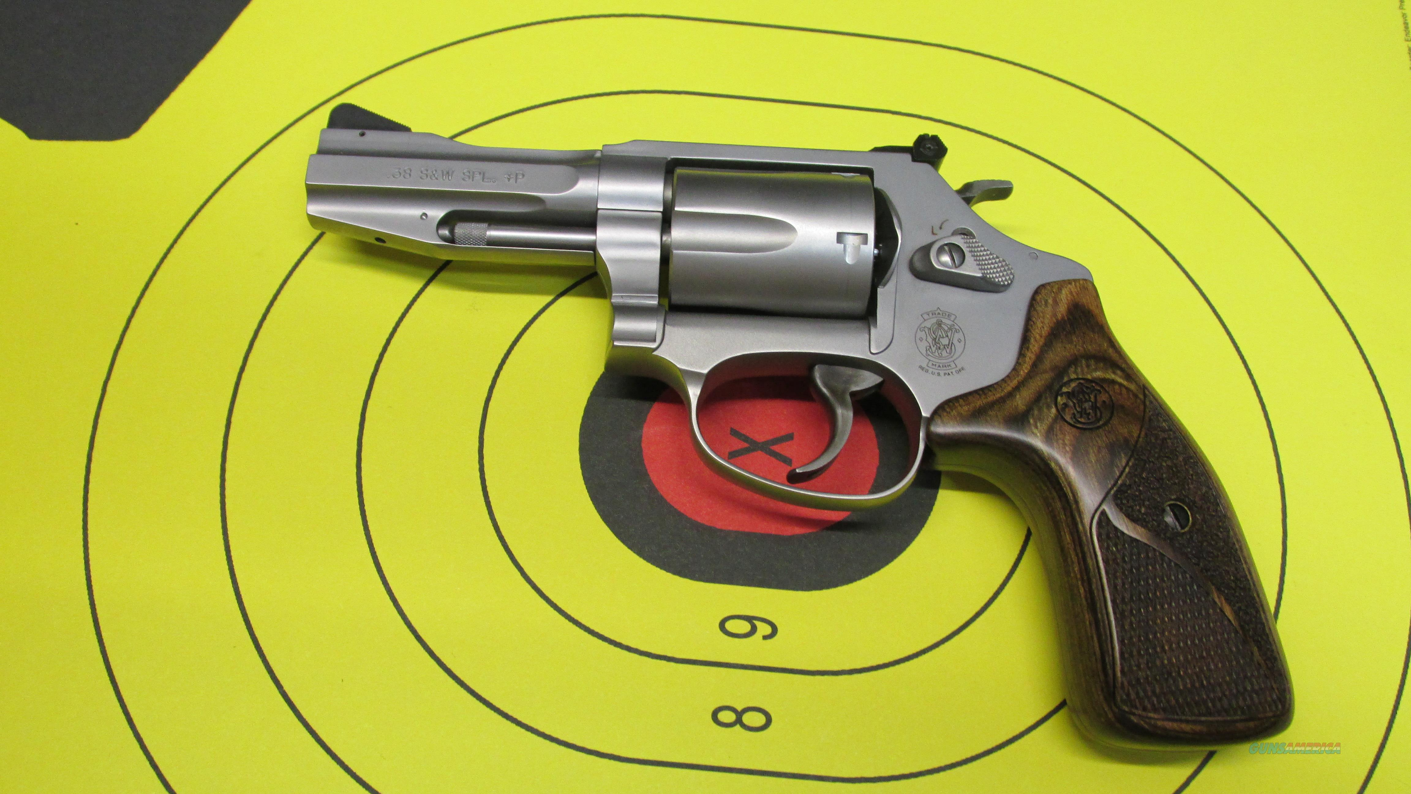 "SMITH &WESSON 60-15 PRO SERIES 5 SHOT .38 SPECIAL REVOLVER, 3"" BARREL  Guns > Pistols > Smith & Wesson Revolvers > Small Frame ( J )"