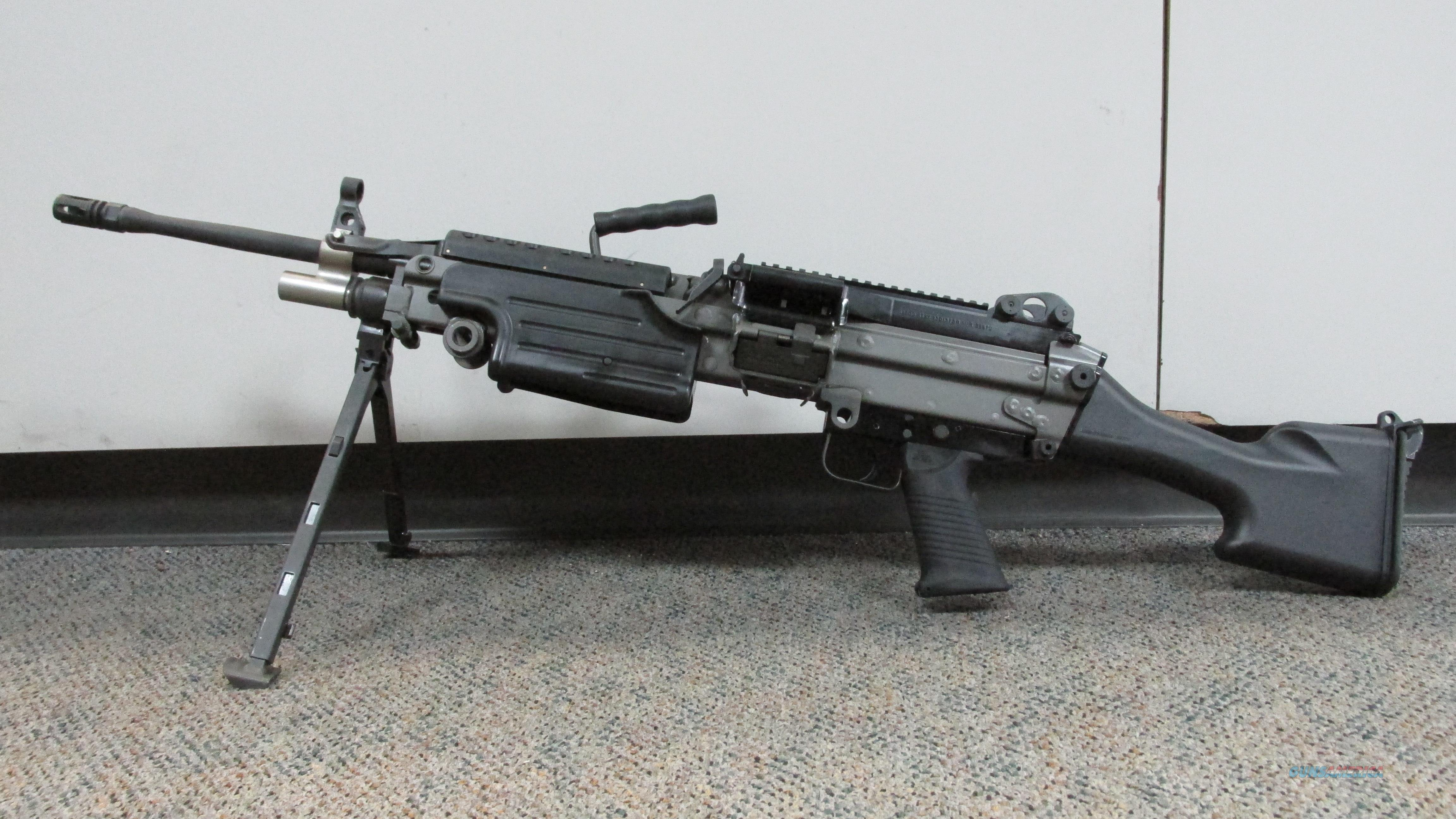 "FNH M249S SAW, 5.56 NATO RIFLE, 30 ROUND MAGAZINE, 200 ROUND DRUM, 20.5"" BARREL  Guns > Rifles > FNH - Fabrique Nationale (FN) Rifles > Semi-auto > Other"