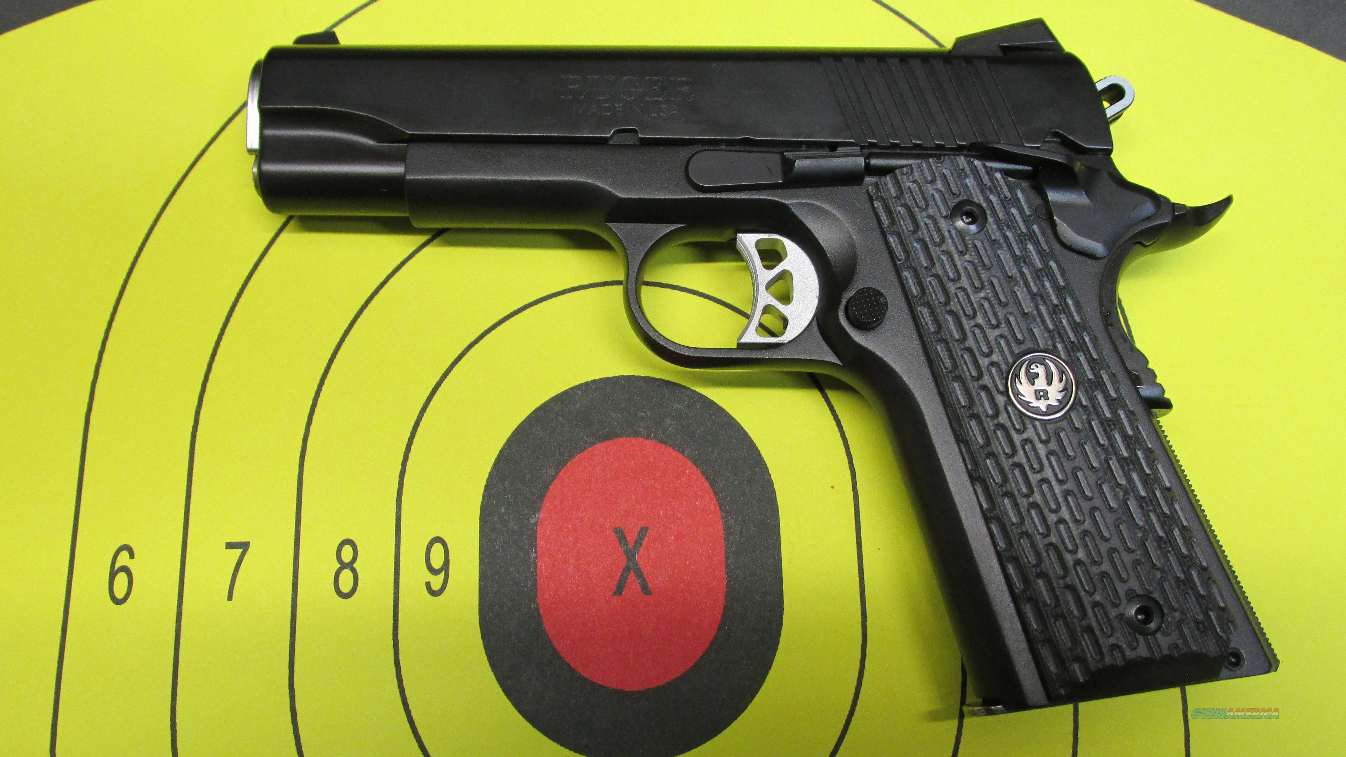 RUGER SR1911 COMMANDER SIZE NIGHT WATCHMAN 45ACP  Guns > Pistols > Ruger Semi-Auto Pistols > 1911