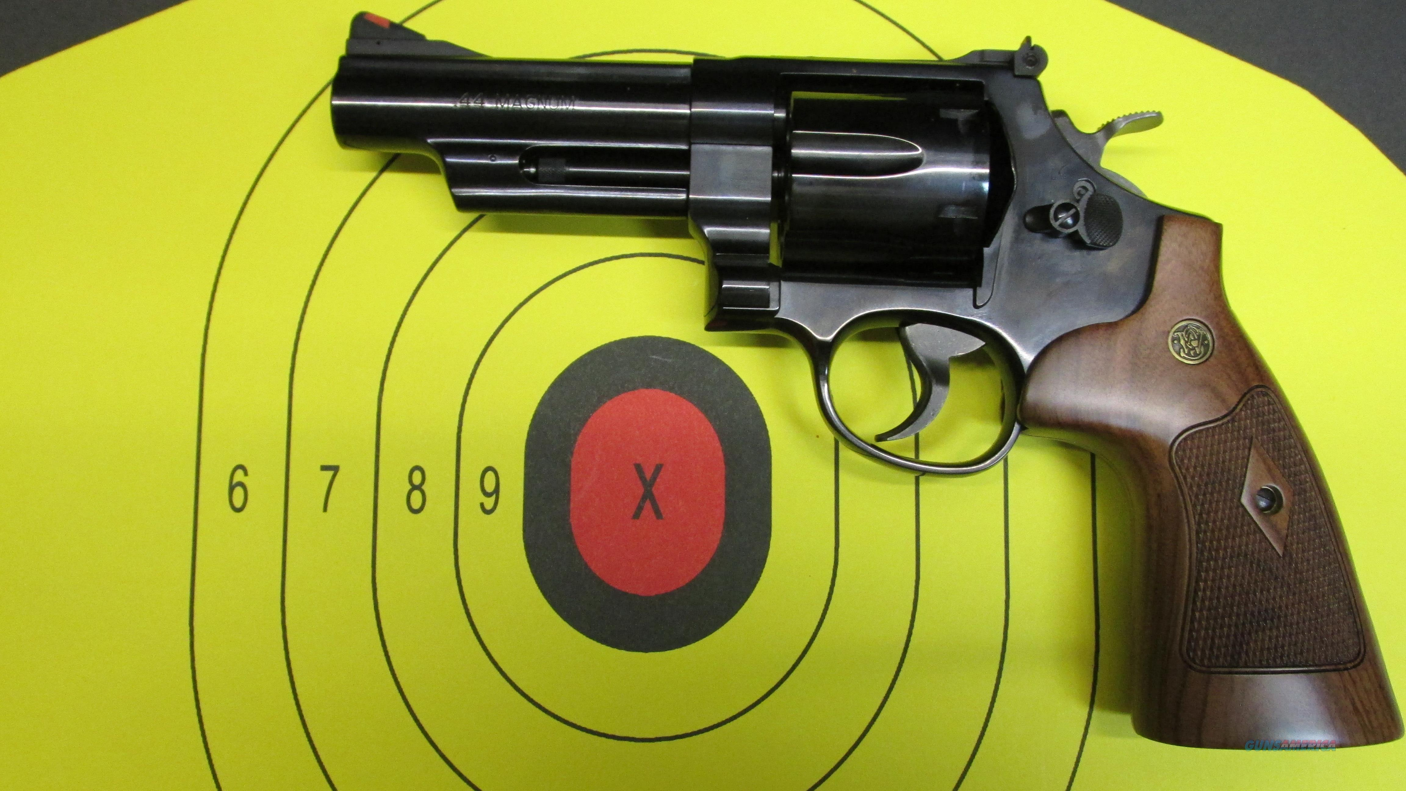 "Smith & Wesson 29-10 44 MAgnum w/4"" Barrel  Guns > Pistols > Smith & Wesson Revolvers > Full Frame Revolver"