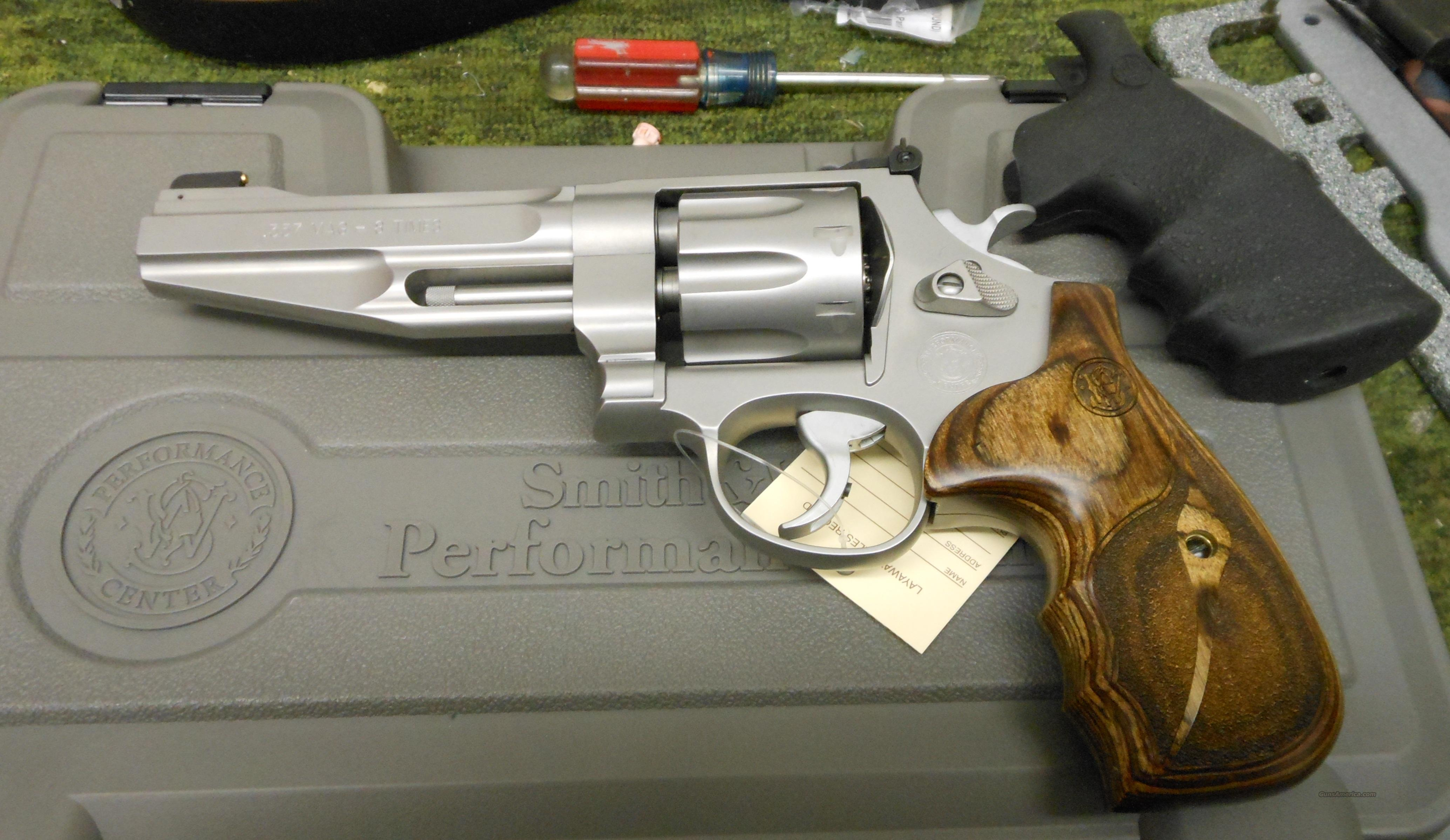 SMITH & WESSON 627 PC 8 SHOT 357 MAGNUM REVOLVER (170210)  Guns > Pistols > Smith & Wesson Revolvers > Performance Center