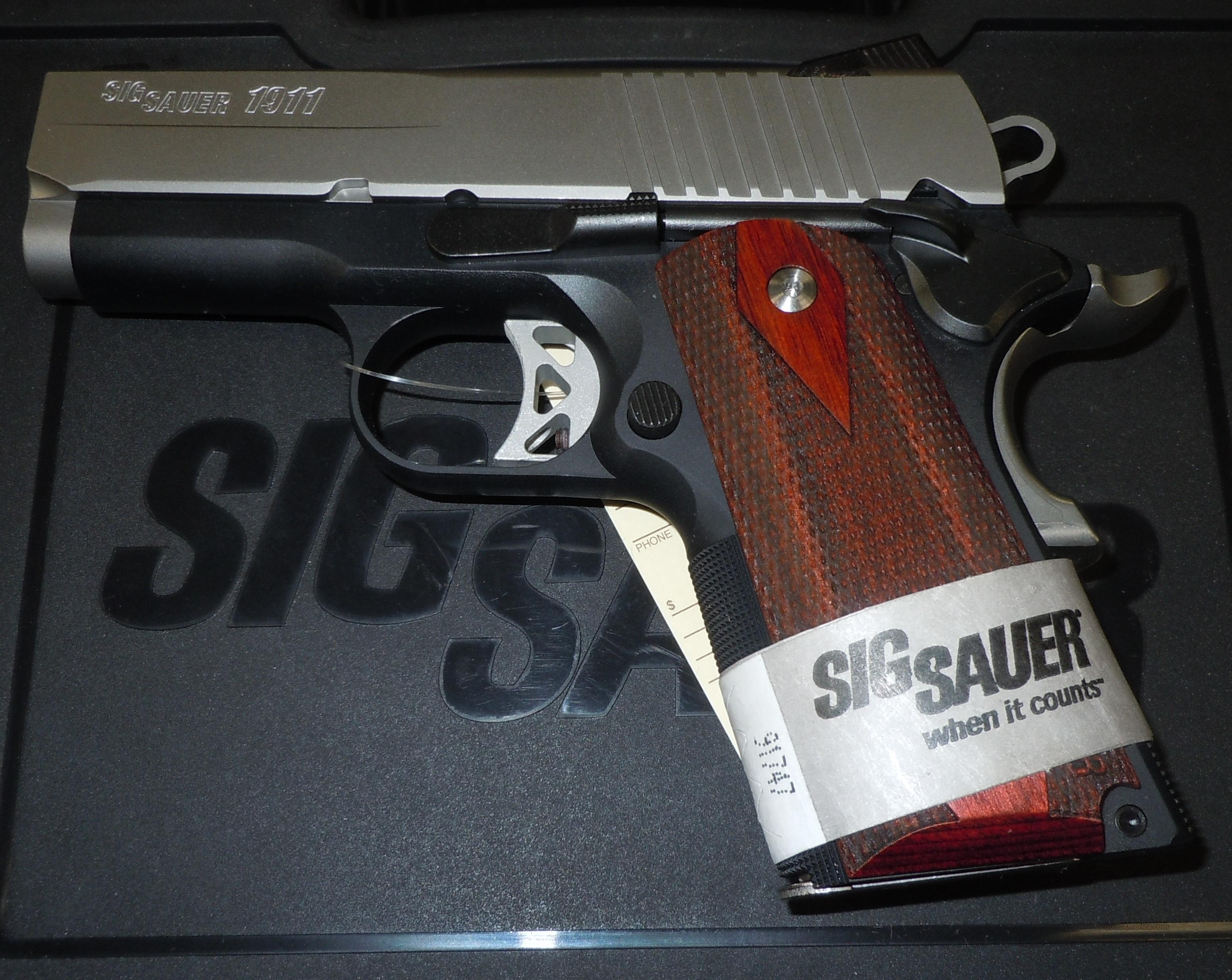 SIG SAUER 1911 ULTRA COMPACT TWO-TONE 45ACP PISTOL (1911U-45-TSS)  Guns > Pistols > Sig - Sauer/Sigarms Pistols > 1911