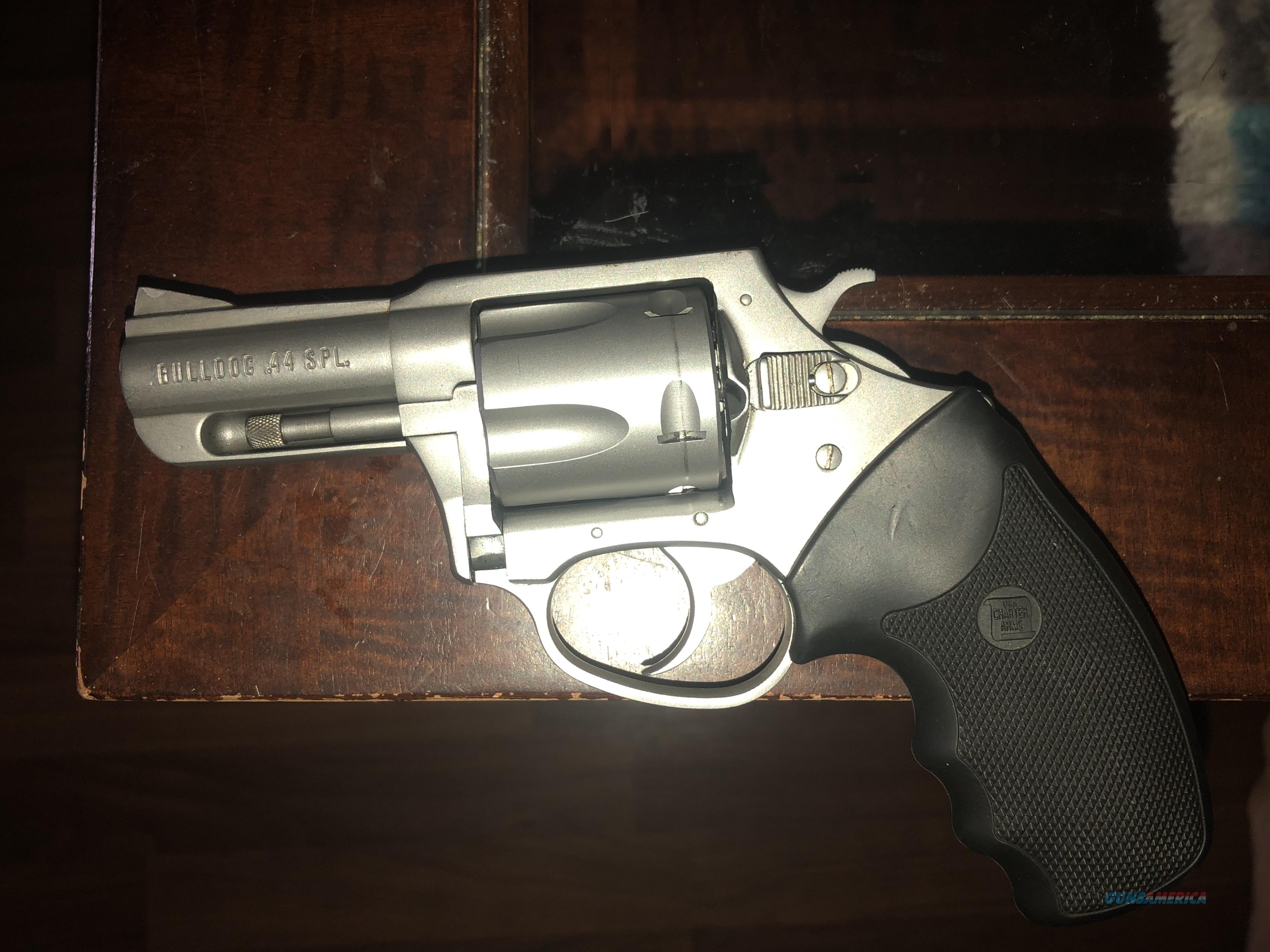 Charter Arms Bulldog .44 Special  Guns > Pistols > Charter Arms Revolvers