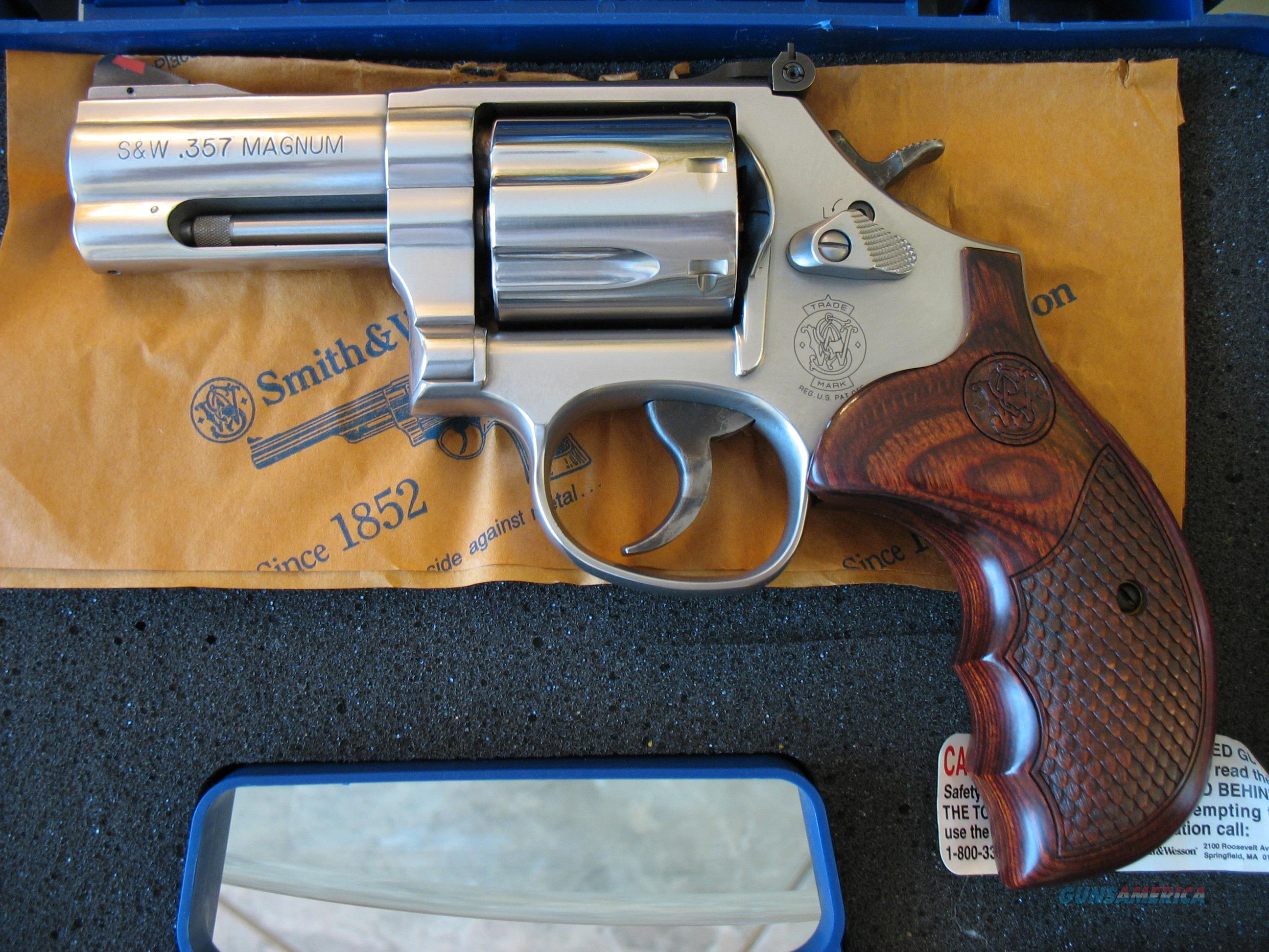 "Smith & Wesson (S&W) 686 Plus Deluxe .357/38, 3"" barrel #150713  Guns > Pistols > Smith & Wesson Revolvers > Med. Frame ( K/L )"