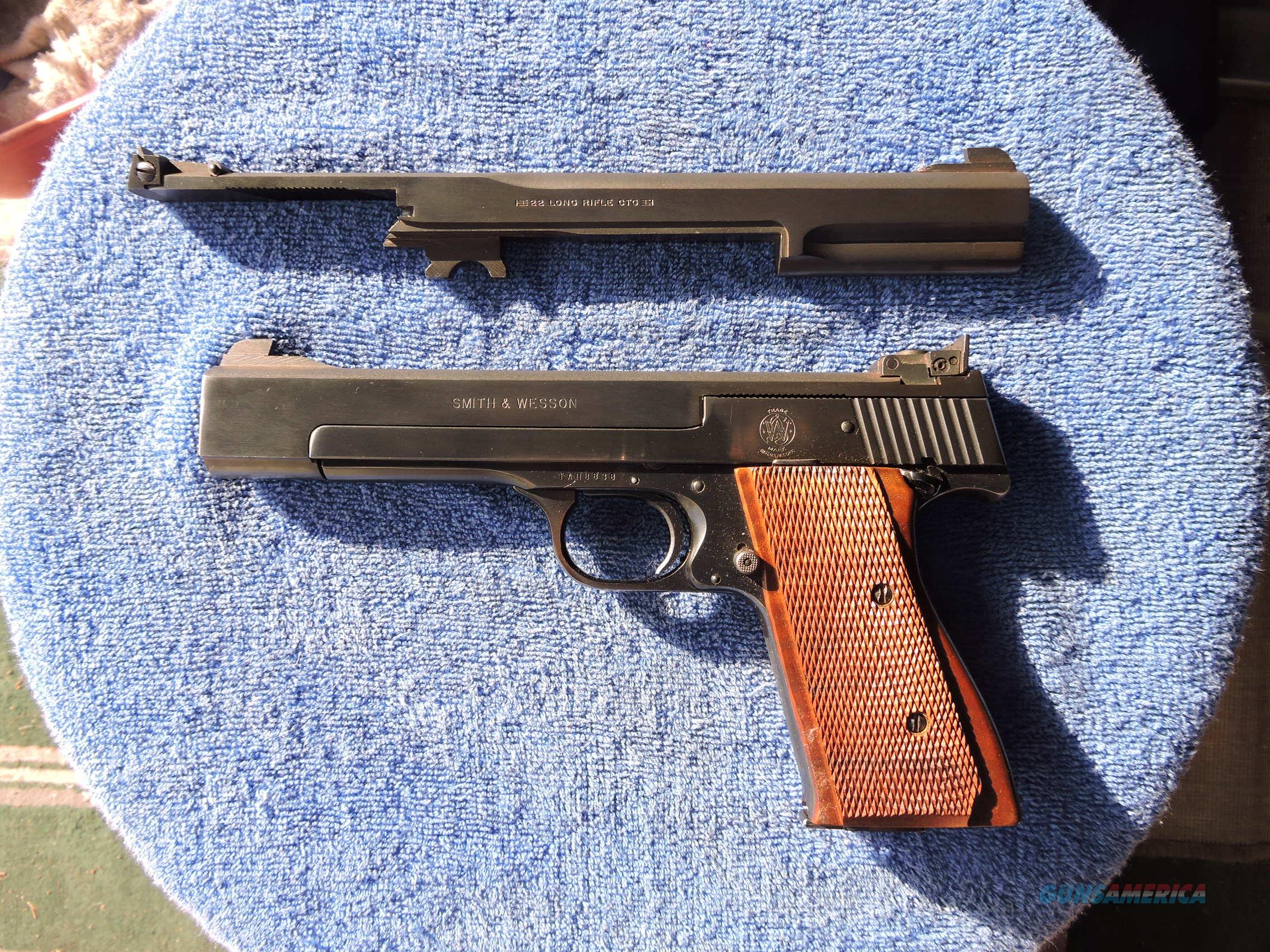 "SMITH & WESSON Model 41 .22 LR Semi-Auto Pistol with 5"" and 7"" barrels!  Guns > Pistols > Smith & Wesson Pistols - Autos > .22 Autos"