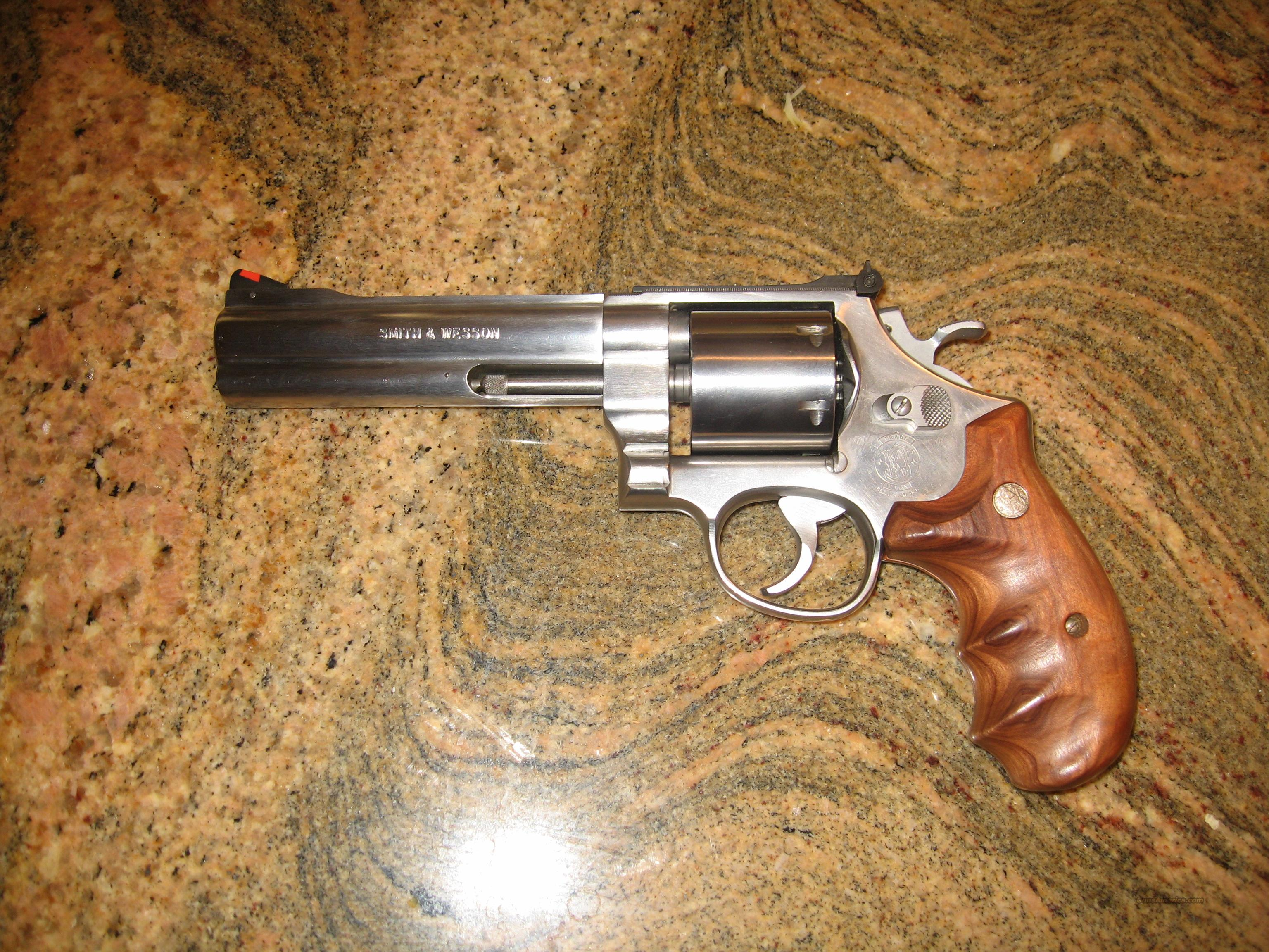 "Smith & Wesson Model 627 .357 Magnum Revolver, 5.5"" Barrel, Unfluted  Guns > Pistols > Smith & Wesson Revolvers > Full Frame Revolver"