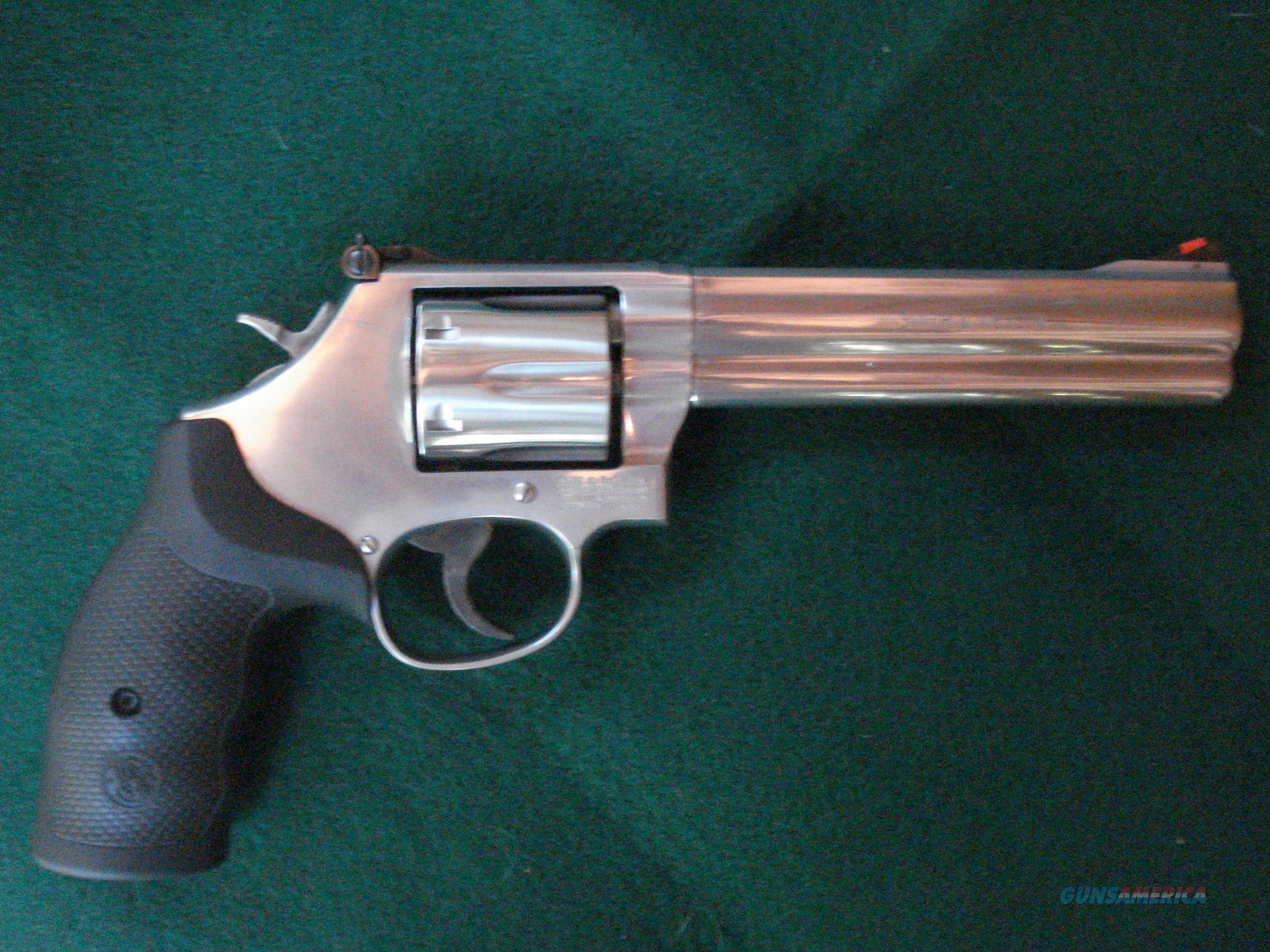 686 - 6 NIB  with new Barsony & Bianchi holsters and walnut grips  Guns > Pistols > Smith & Wesson Revolvers > Full Frame Revolver