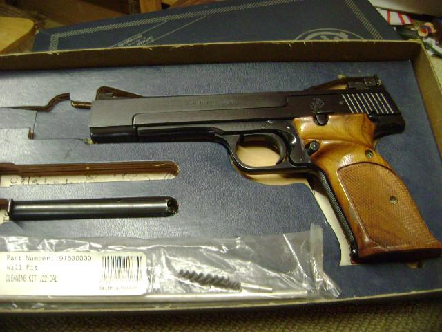 Smith And Wesson model 41  Guns > Pistols > Smith & Wesson Pistols - Autos > .22 Autos