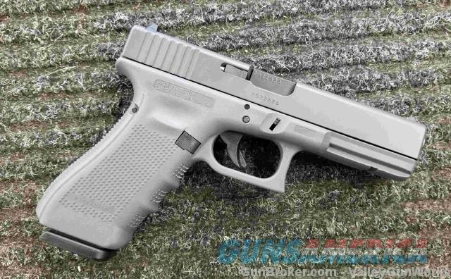 Glock 17 - Gen 4 - GREY - NEW & Clearance Priced  Guns > Pistols > Glock Pistols > 17