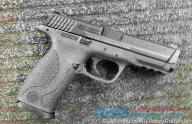 Smith & Wesson M&P 9 - NEW - Clearance Priced  Guns > Pistols > Smith & Wesson Pistols - Autos > Polymer Frame