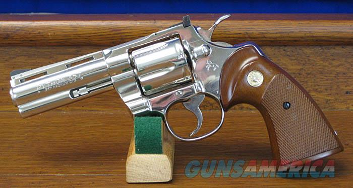 COLT PYTHON NICKEL, 4 INCH VENT RIBBED BARREL, FROM 1976. COLT LETTER.  Guns > Pistols > Colt Double Action Revolvers- Modern