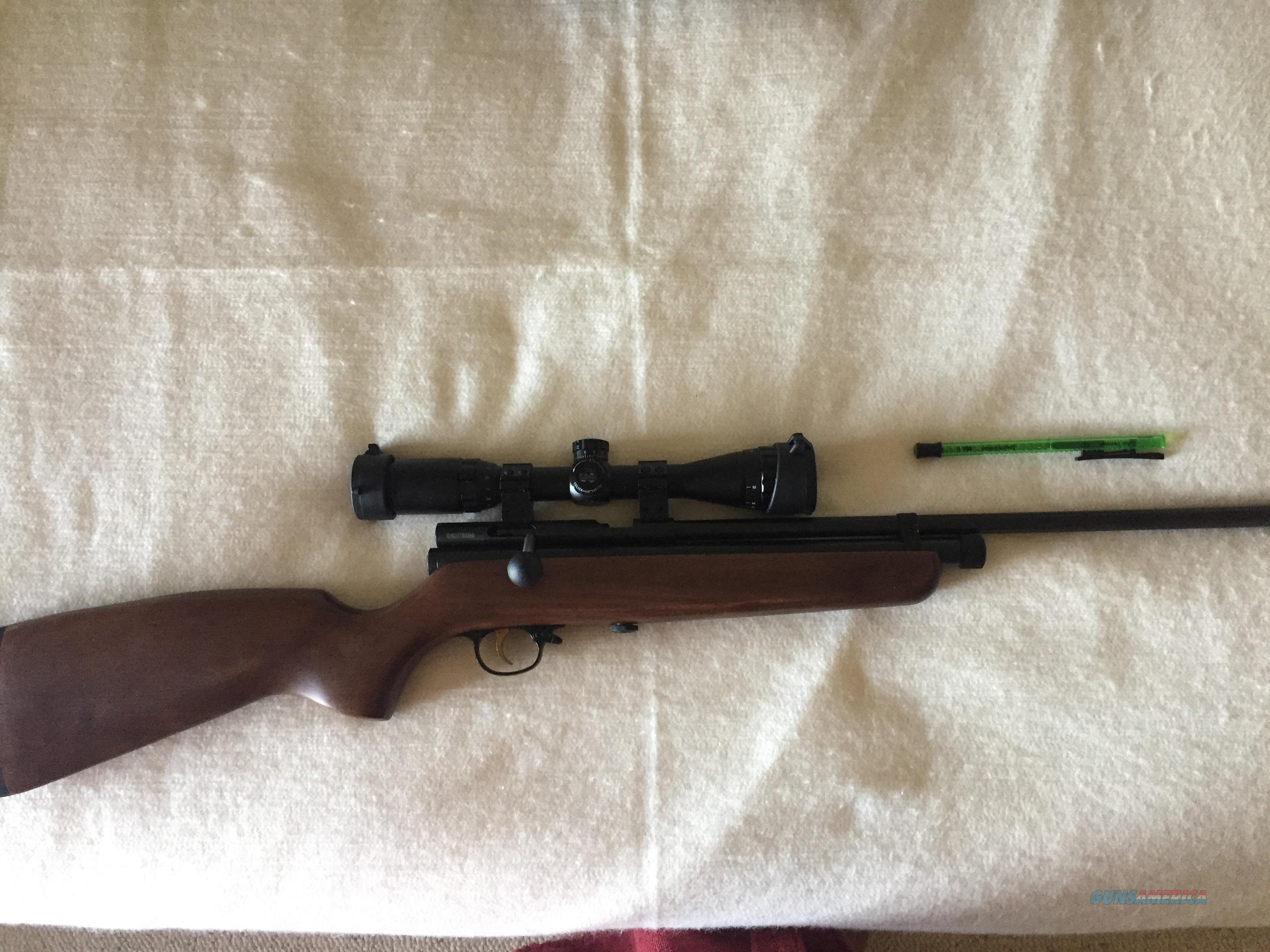 Beeman QB78 Deluxe CO2 .22cal Pellet Rifle w/ 3-9x32 Leapers UTG Scope  Guns > Rifles > A Misc Rifles