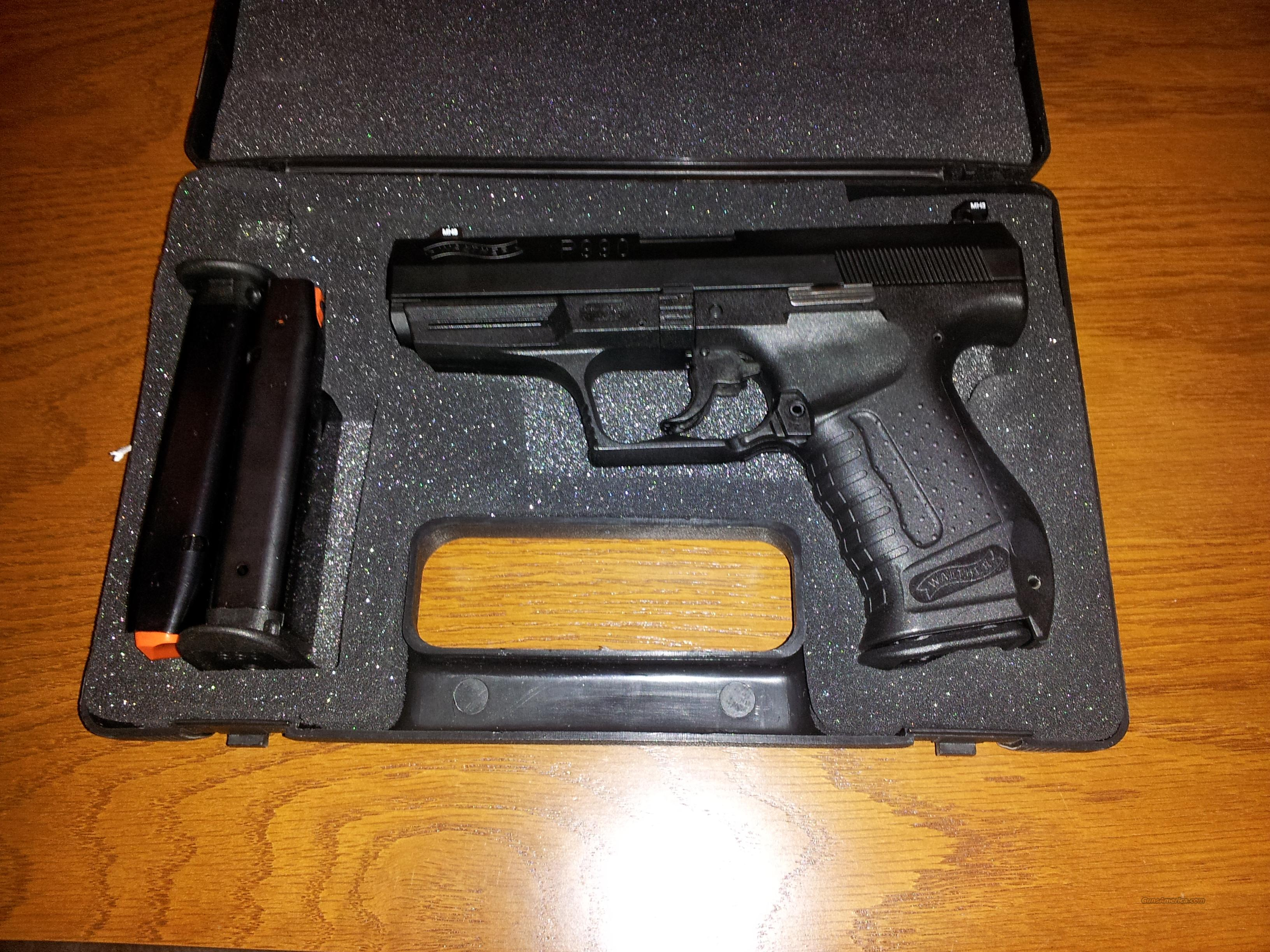 Walther P990, Mint Condition, 3 clips / case  Guns > Pistols > Walther Pistols > Post WWII > P99/PPQ