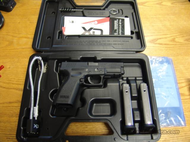 "Springfield XD 9MM, black, 4""  Tactical Rail,Full box and clips   Guns > Pistols > Springfield Armory Pistols > XD (eXtreme Duty)"