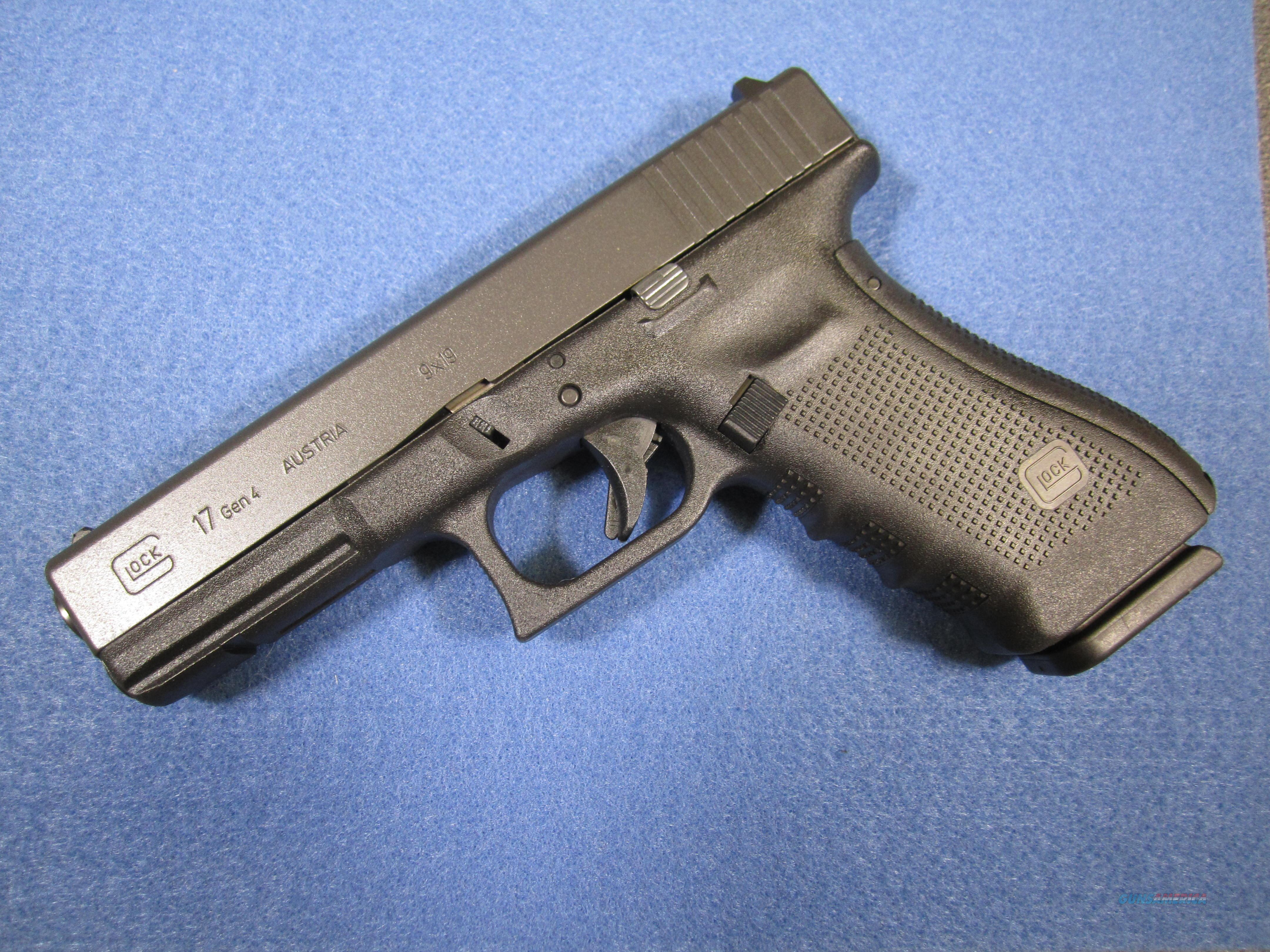 GLOCK 17 GEN4 with two 17 round mags and case!  Guns > Pistols > Glock Pistols > 17