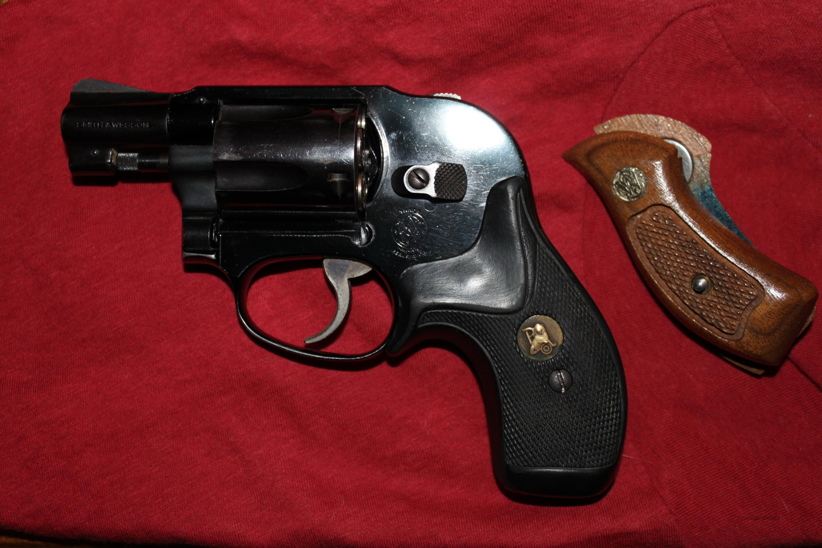 "Model 38 ""Airwieght""  Guns > Pistols > Smith & Wesson Revolvers > Full Frame Revolver"