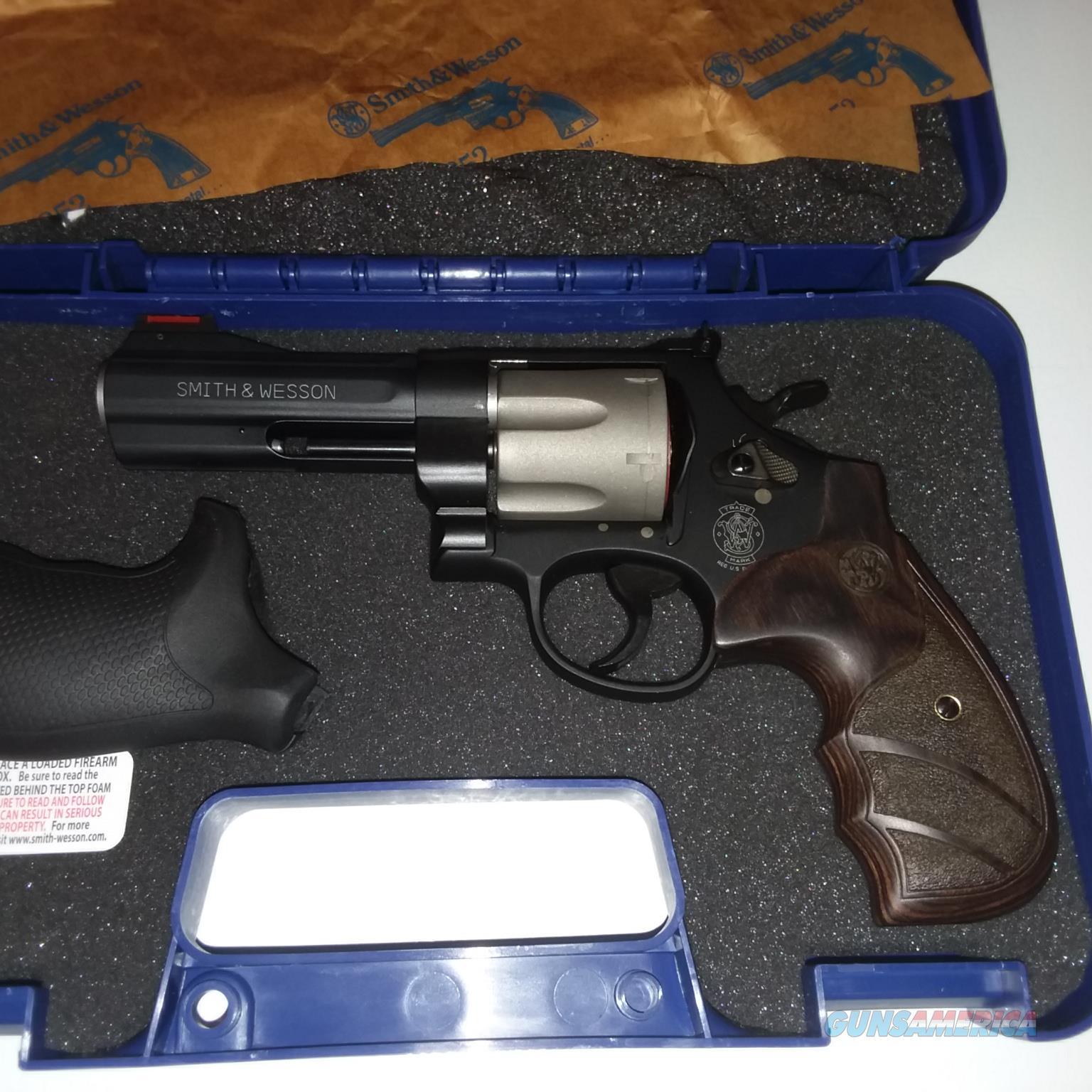 Smith & Wesson 329PD .44 Magnum NIB  Guns > Pistols > Smith & Wesson Revolvers > Med. Frame ( K/L )