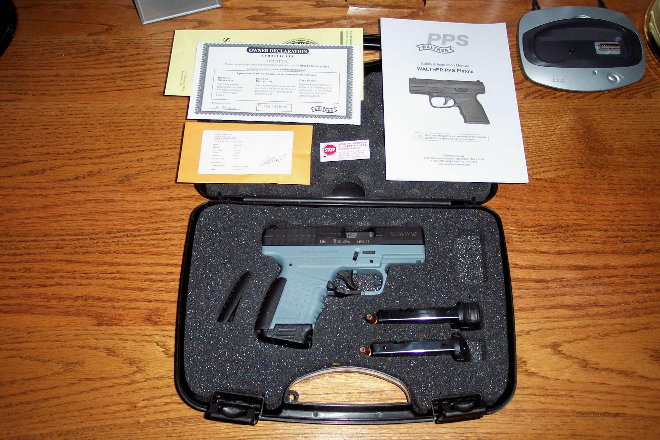 Walther PPS 9MM 4 Inch 3/Mags Gray/Black NOS   Guns > Pistols > Walther Pistols > Post WWII > PP Series