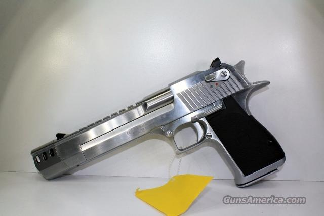 MAGNUM RESEARCH DESERT EAGLE BRUSHED CHROME MUZZLE BREAK  Guns > Pistols > Magnum Research Pistols