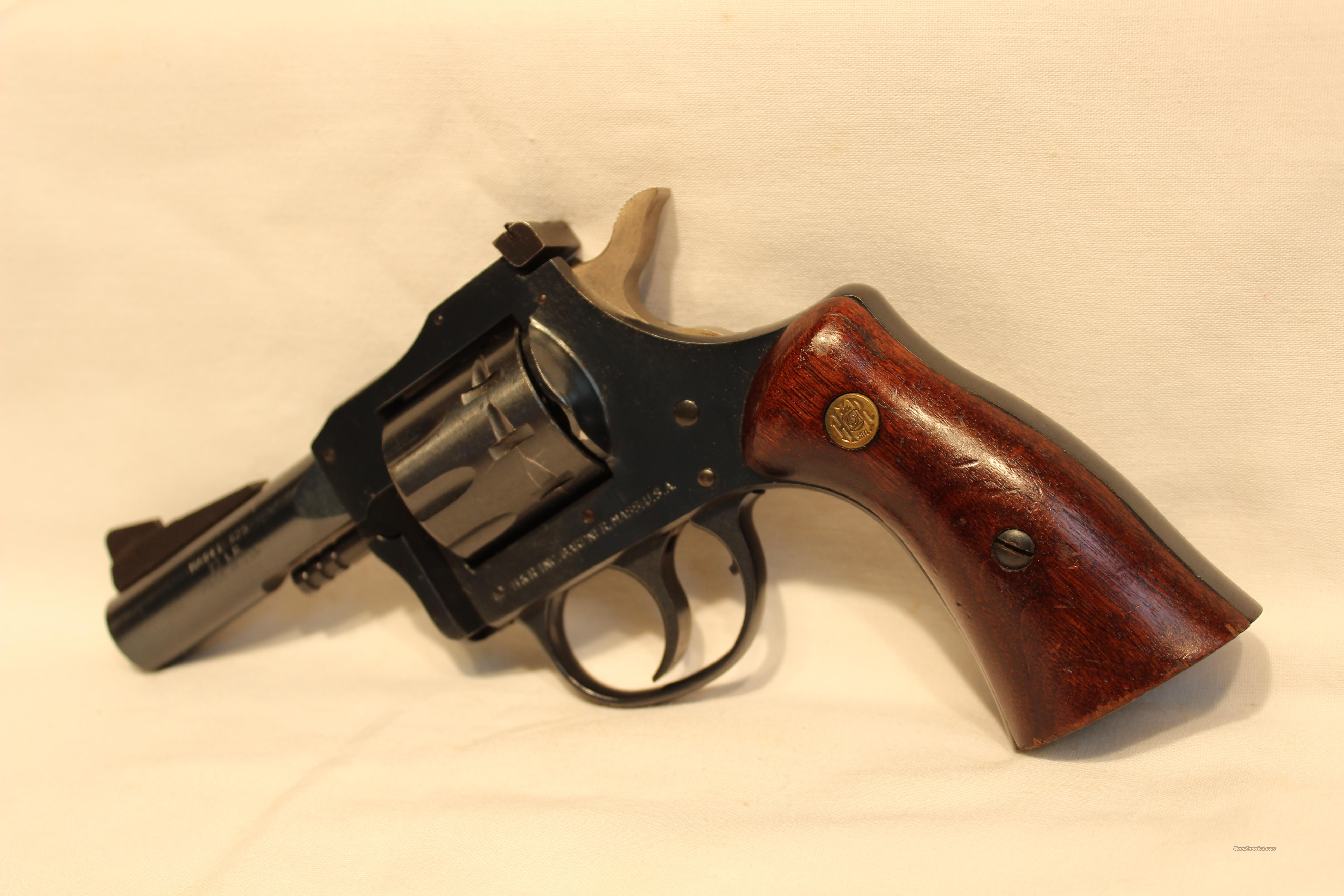 H&R 829 22LR rev  Guns > Pistols > Harrington & Richardson Pistols