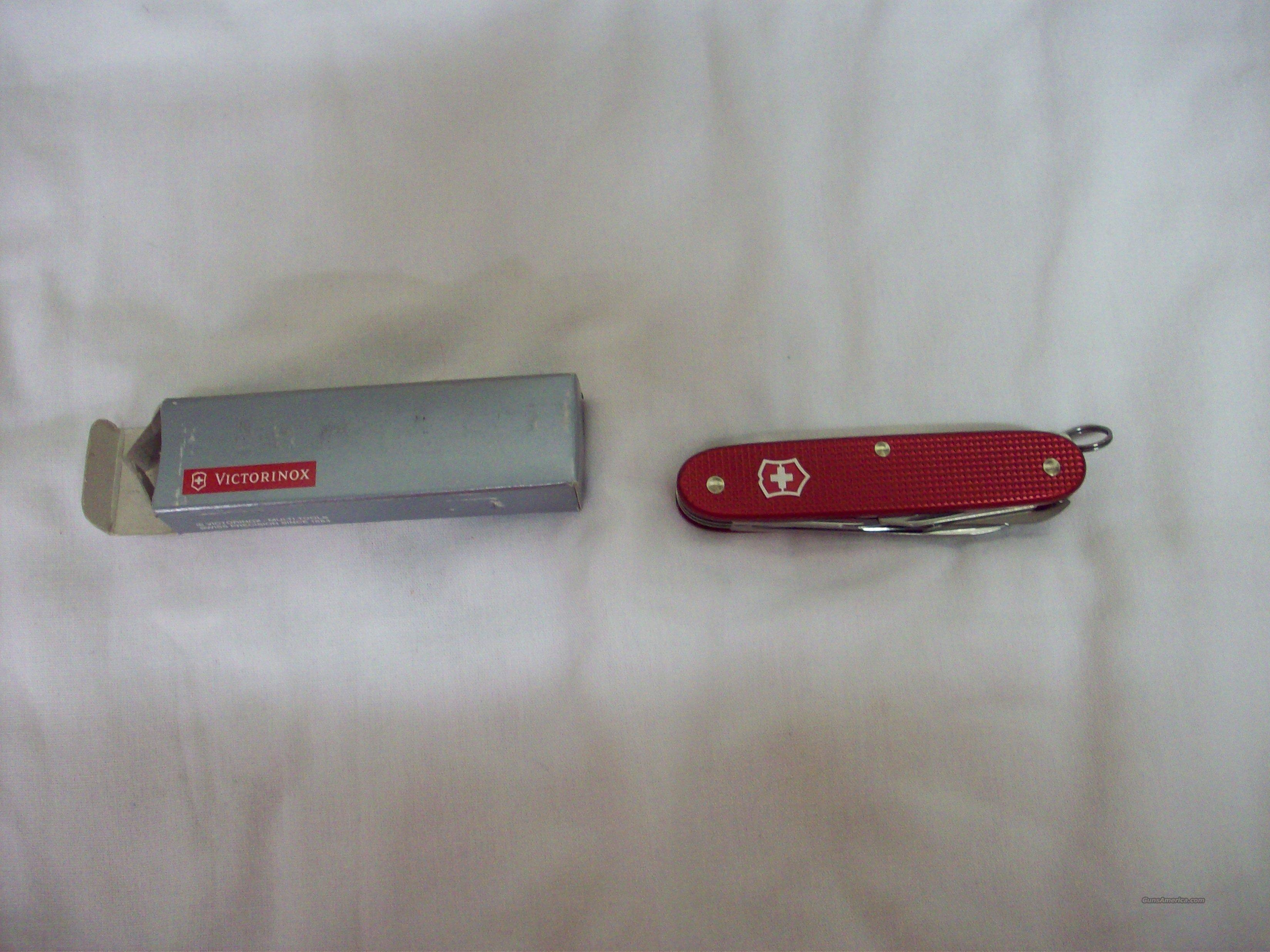 Swiss Army Knife Farmer Red  Non-Guns > Knives/Swords > Knives > Folding Blade > Imported