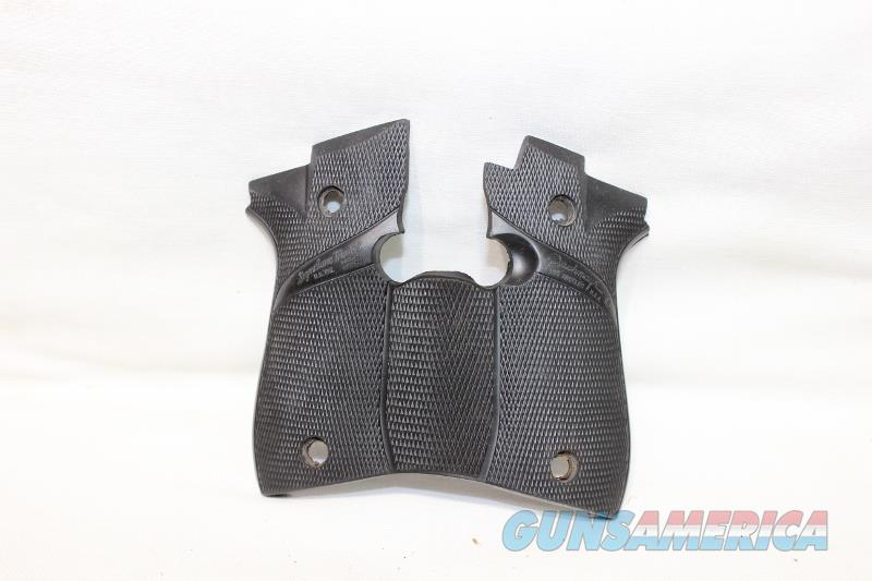 Pachmayr Beretta 84 rubber grips as new  Non-Guns > Gunstocks, Grips & Wood