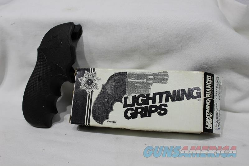 Bianchi Lightning S&W M19 M10 K frame grips black NEW  Non-Guns > Gunstocks, Grips & Wood