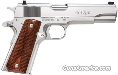 "Reminton® Model 1911 R1 Stainless, 45ACP,  5"" Brl, GI Beaver Tail, 3-dot Sights, Double Diamond Walnut Wood Grips, 2 - 7 Rnd Mags,  & Hard Case - New  Guns > Pistols > 1911 Pistol Copies (non-Colt)"
