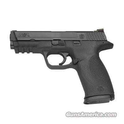 "Smith & Wesson M&P40 Full Size  .40SW, Blk, 4.25"" Brl, 3 Dot Low Pro Sights, 2 - 15 Rnd Mags, Hard Case - New  Guns > Pistols > Smith & Wesson Pistols - Autos > Polymer Frame"