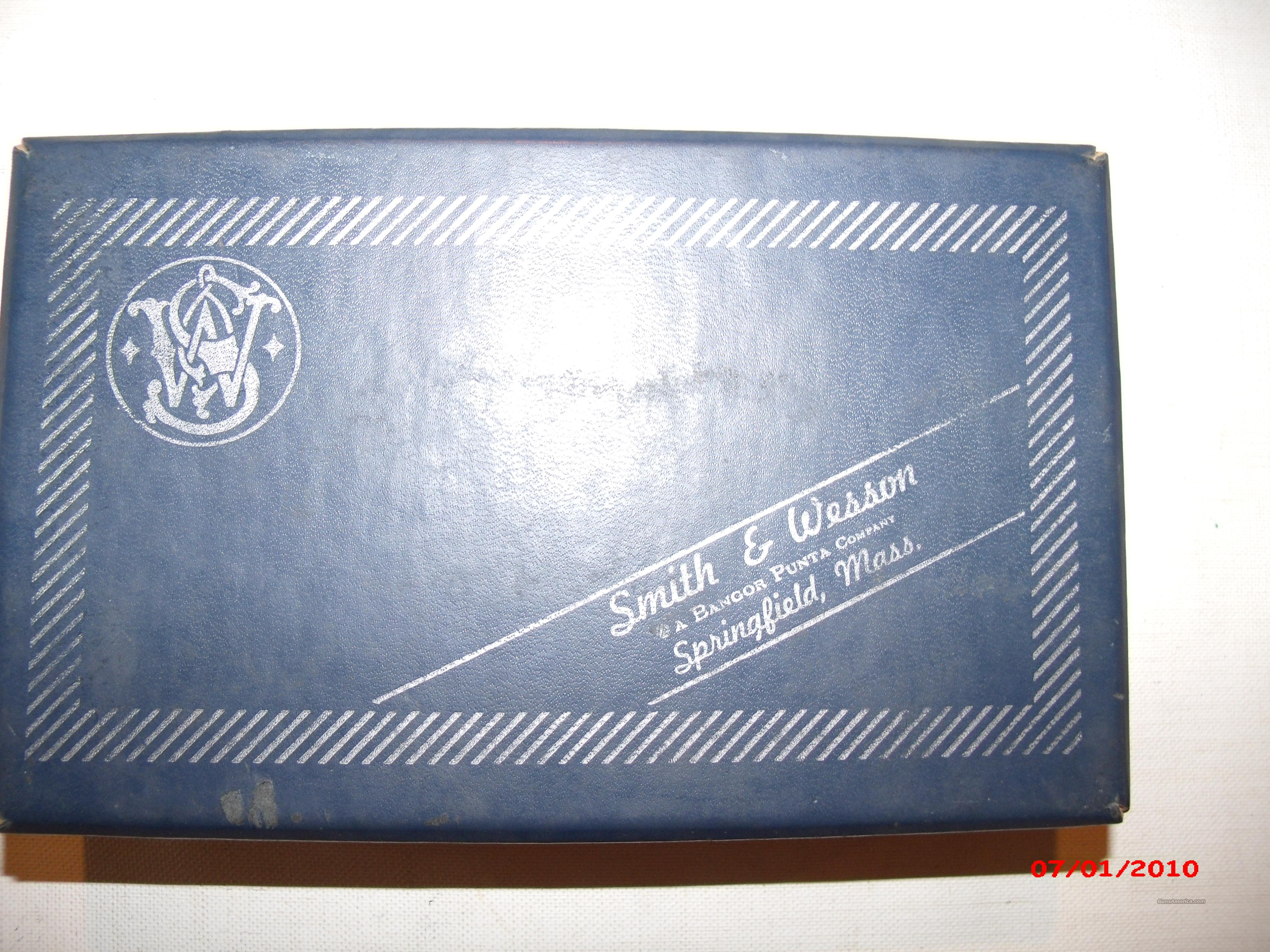 Box for S&W M36 Chief Special .38  Guns > Pistols > Smith & Wesson Revolvers > Pocket Pistols